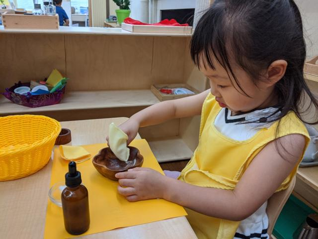 childrens house, wood polishing